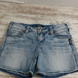 Silver Mid-rise Tuesday Light Wash Jean Shorts